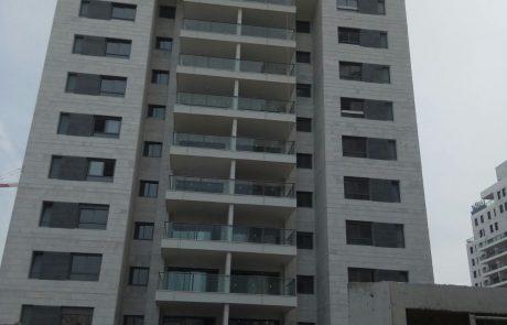 נתיבות: נחתם הסכם גג ענק לבניית 13,103 דירות