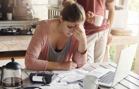 תביעה נגד עורכת דין: שלחה שוב ושוב את ידה בכספי נאמנות של לקוחותיה