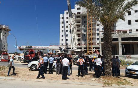 שוב אסון באתר בניה: מנוף קרס ביבנה. 4 הרוגים ופצוע נוסף