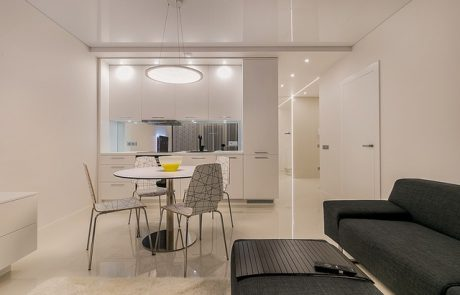 אדריכלות ועיצוב פנים לדירות קטנות – מה חשוב לבדוק