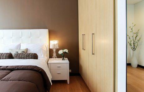 טיפים לעיצוב חדר השינה עם שילוב מיטה זוגית