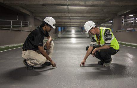 איך עושים רצפת בטון מוחלק ומהם היתרונות של ריצוף בטון מוחלק?