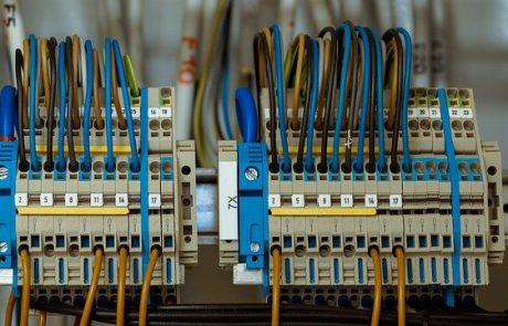 מתי צריך להחליף לוח חשמל בבית?