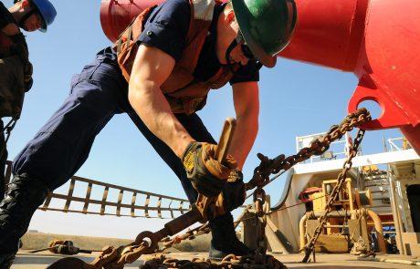 """בשורה משמחת לעובדים בענף הבנייה: שכר המינימום עלה ל-5,600 ש""""ח"""